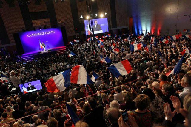 Nicolas Sarkozy à Rueil-Malmaison avec Claude Guéant